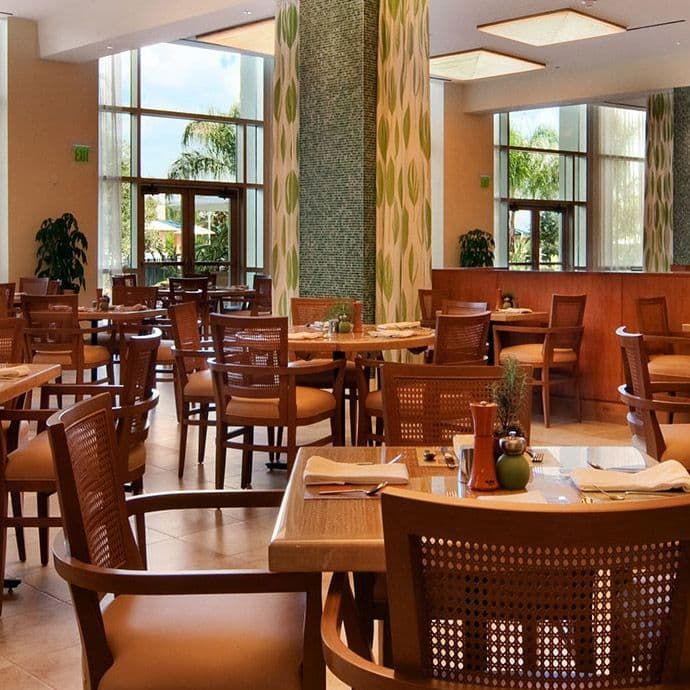 Bistro features breakfast and lunch starting at 6:30 am