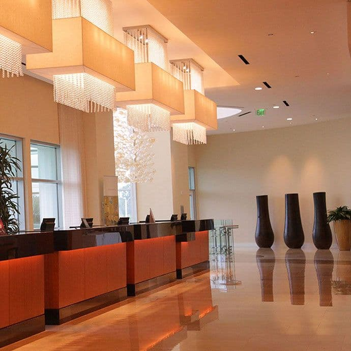 12 Reception desks in the Lobby